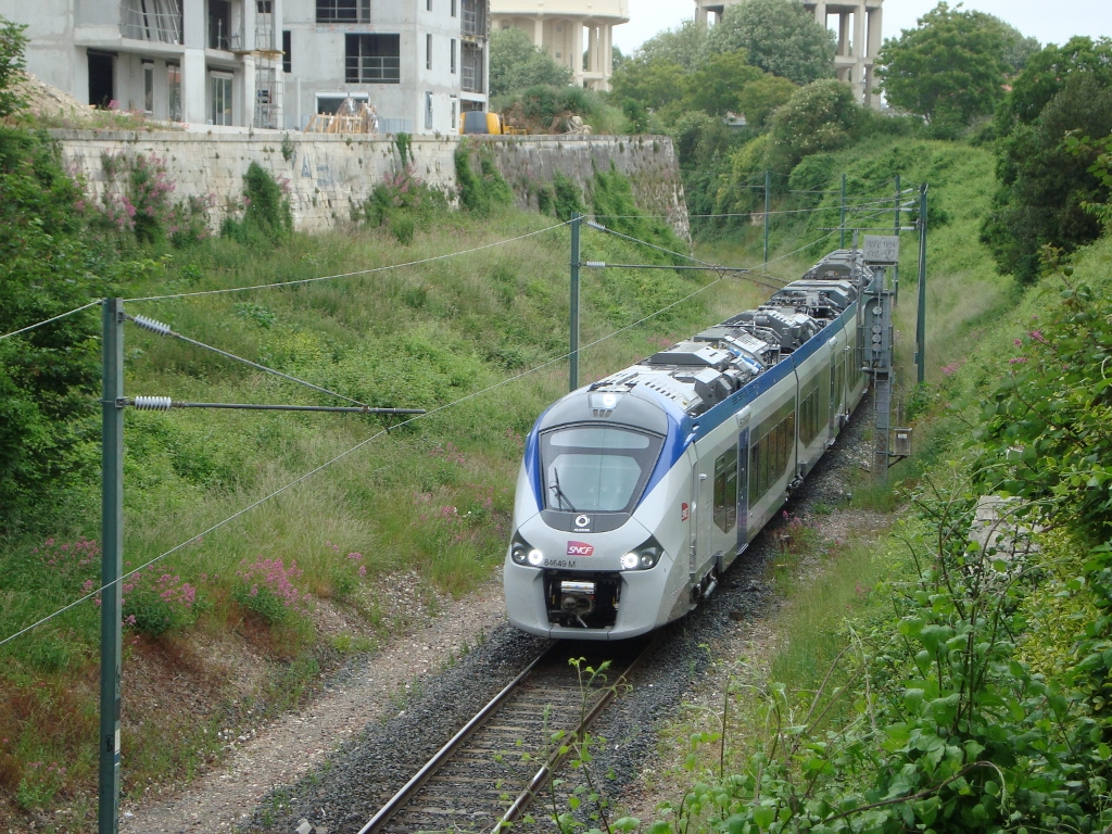 R Giolis Sur La Rochelle Porte Dauphine Rochefort
